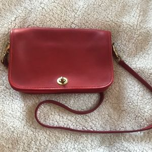 Small crossbody leather purse.